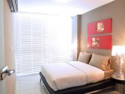 1327554027 gallery showroom bedroom