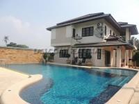 Baan Barami houses Продажа в  Южный Джомтьен