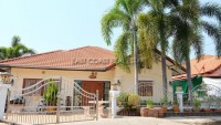 Baan Koonsuk 1 houses Для продажи и для аренды в  Южный Джомтьен