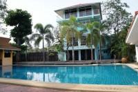The Manor House Bang Saray houses Продажа в  Южный Джомтьен
