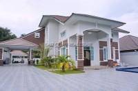 Bang Saray Mansion houses Продажа в  Южный Джомтьен