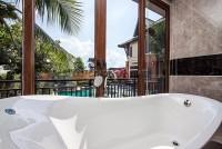 Beverly Thai House Pool Villa 835728