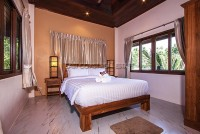 Beverly Thai House Pool Villa 835730