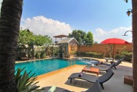 Beverly Thai House Pool Villa 835734