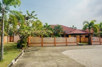 Chaiyapruk House houses Аренда в  Восточная Паттайя