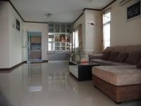 Chockchai Home 8 houses Аренда в  Восточная Паттайя