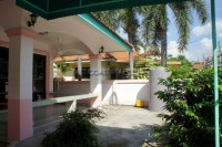 Country Club Villa 59982