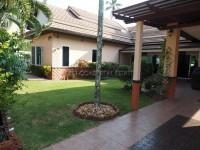 Dhewee Park Village houses Для продажи и для аренды в  Южный Джомтьен