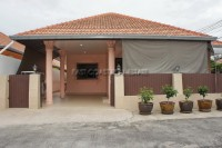 Eakmongkol 8 дома Продажа в  Центральная Паттайя