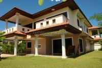 Eakmongkol Chaiyapruek 2 houses Аренда в  Джомтьен