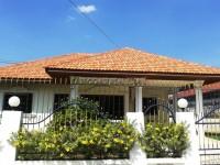 Eakmongkol Chaiyapruek  дома Аренда в  Джомтьен