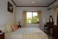 Eakmongkol Village 536419