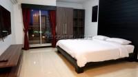 Euro Condominium 749010