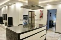 Executive Residence 1 846427
