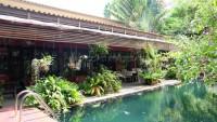 Garden Villa 992036