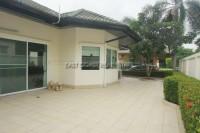 Green Field Villa  Продажа в  Восточная Паттайя