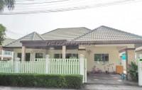 Green Field Villas 3 houses Продажа в  Восточная Паттайя