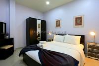 Grosvenor House 230050