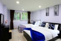 Grosvenor House 230064