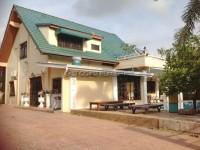 House in Soi Chaiyapruk 2 houses Аренда в  Восточная Паттайя