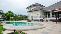 House in Soi Wat Yaan houses Для продажи и для аренды в  Восточная Паттайя
