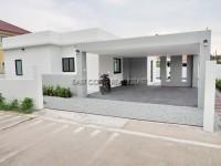 Huay Yai Pool Villa  Продажа в  Восточная Паттайя