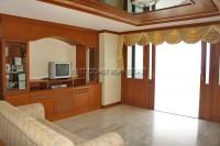 Jomtien Complex Condotel 94616