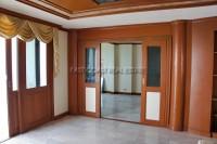 Jomtien Complex Condotel 94617