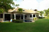 Jomtien Park Villa houses Для продажи и для аренды в  Джомтьен