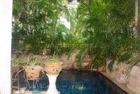 Kamolsuk Villa  557916
