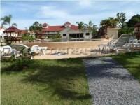 Lake View Resort 9486