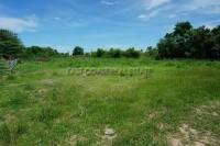 Land in Soi Sang Petcharat land Продажа в  Восточная Паттайя