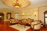Majestic Residence 825756