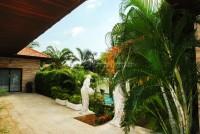 Majestic Residence 82578