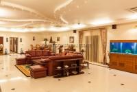 Majestic Residence  527347