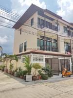 Midtown Villa houses Продажа в  Центральная Паттайя