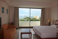 Monaco Residence  64602