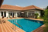 Private pool villa houses Продажа в  Восточная Паттайя