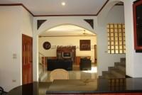 Paradise Villa  679810