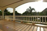 Paradise Villa  679813