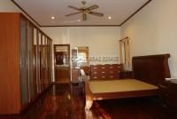 Paradise Villa  679816