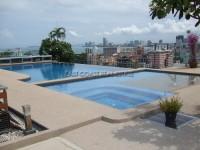 Pattaya Heights  condos Для продажи и для аренды в  Пратамнак
