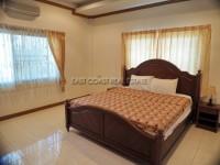 Pattaya Hill 2 986013