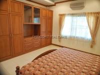 Pattaya Hill 2 986015