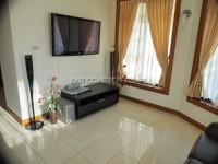 Pattaya Hill 2 986017
