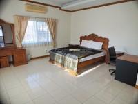 Pattaya Hill 2 986018