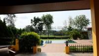 Phoenix Golf Course Luxury Villa houses Продажа в  Восточная Паттайя