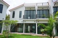 Phoenix Villa Resort  houses Продажа в  Восточная Паттайя