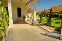 Pobchoke Garden Villa 68365