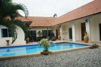 Pool View Villa houses Аренда в  Восточная Паттайя